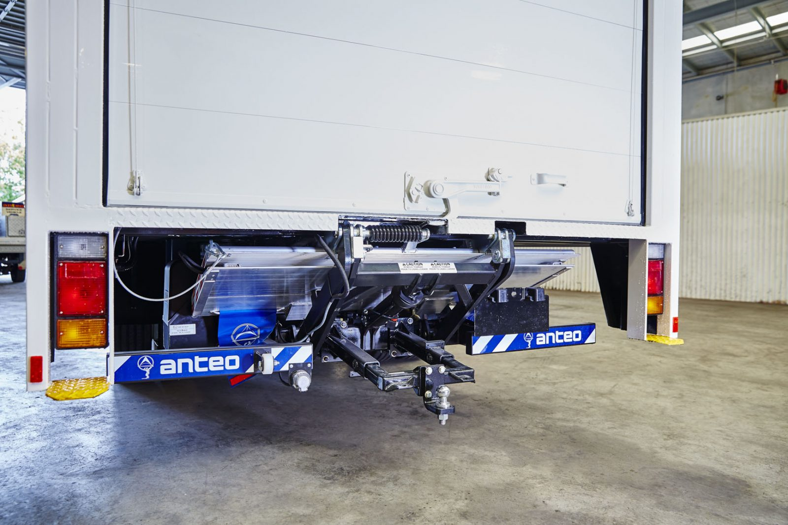 Anteo Truck Tail Gate Lift